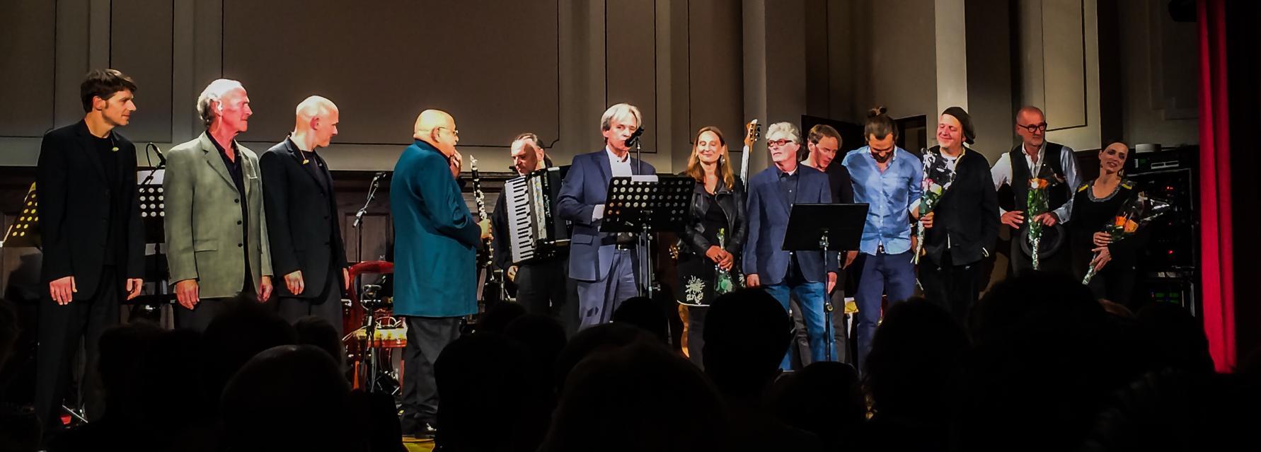 Willy Wagner Bassist mit Schönherz und Fleer AMO Projekt Berlin