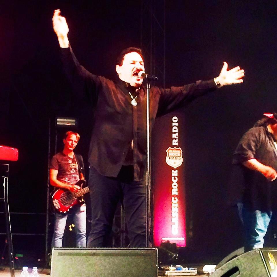 Bobby Kimball mit Willy Wagner Bassist Saarbruecken 2014
