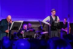 Schoenherz und Fleer AMO Projekt Berlin Willy Wagner Bass